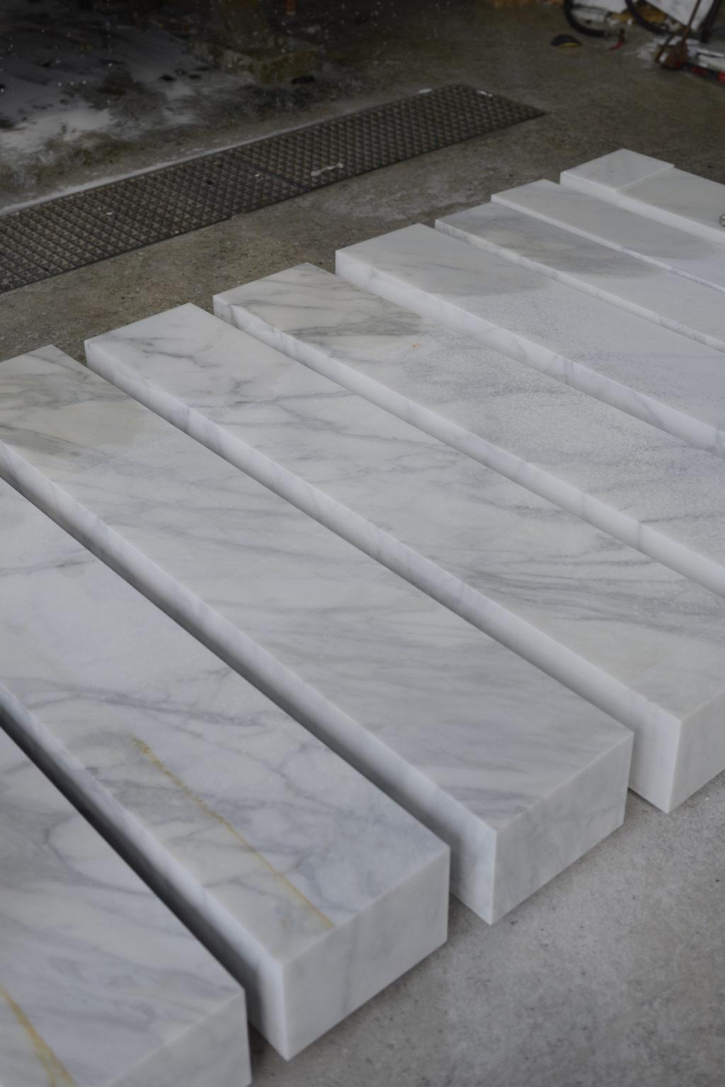 Carrara_Marmor_Blöcke