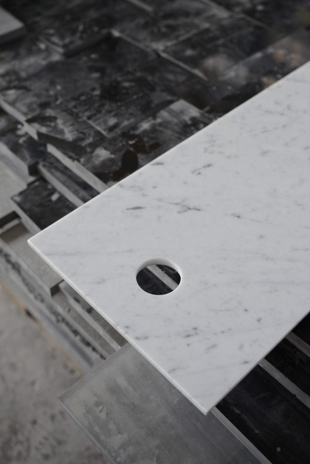 Carrara_Marmor_Schneidebrett