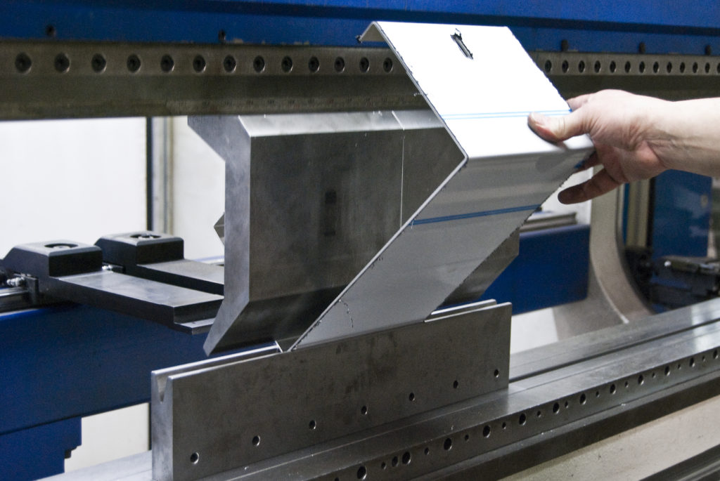 Produktion_Aluminium_SEAM_ONE_Kanten