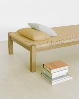 Theban daybed - 002_FK01_THEBAN_CU06_NIMA_close.jpg