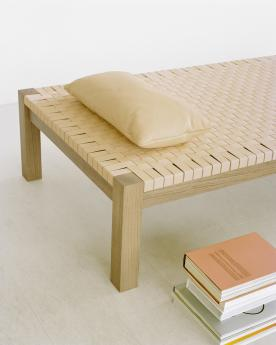 Theban daybed - 005_FK01_THEBAN_CU06_NIMA_close_2.jpg