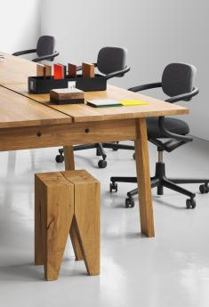 Backenzahn™ stool - DC08_BASIS_workstation_ST04_BACKENZAHN_detail_new.jpg
